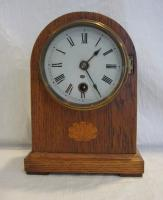 Oak domed top mantle clock